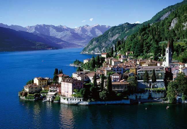 Поехать в Италию