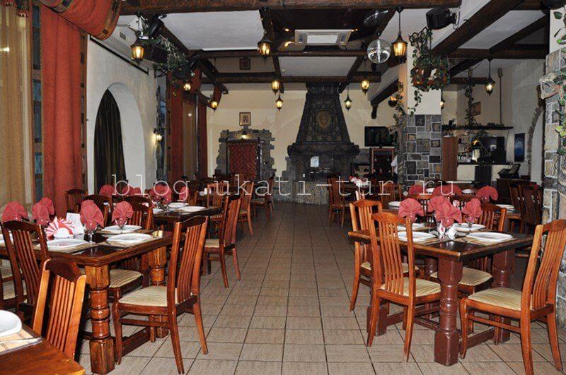 tau-tash_restoran