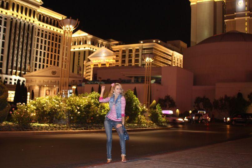 Отель Caesar's Palace.