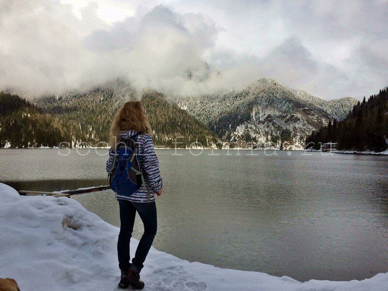 Ritsa_lake
